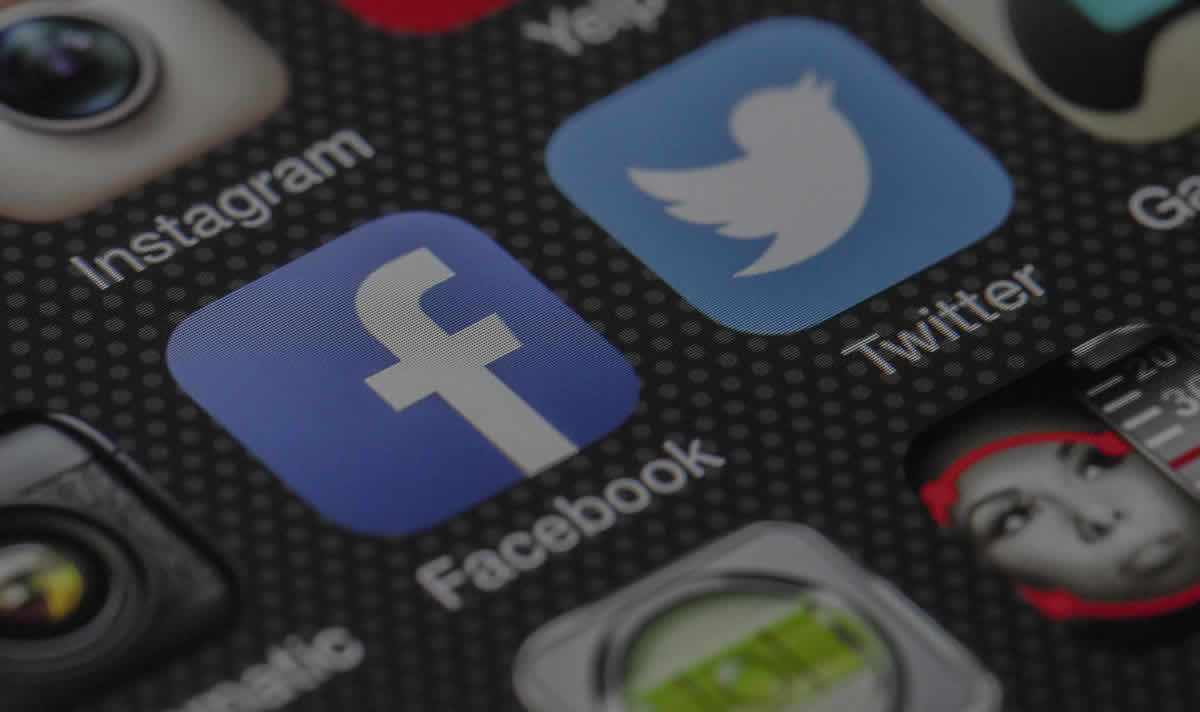 7 BENEFITS OF SOCIAL MEDIA MARKETING